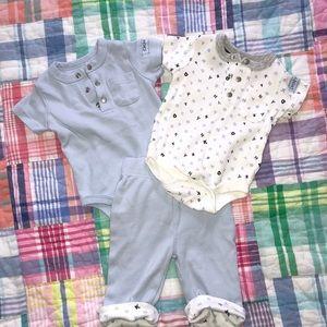 Baby DKNY 3 piece set 👕 0-3M